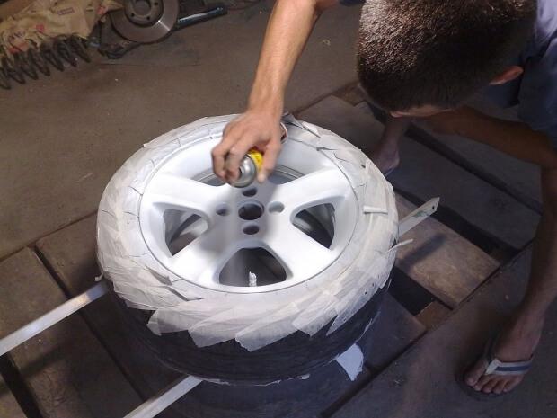 ТОП 3 способи фарбування дисків своїми руками