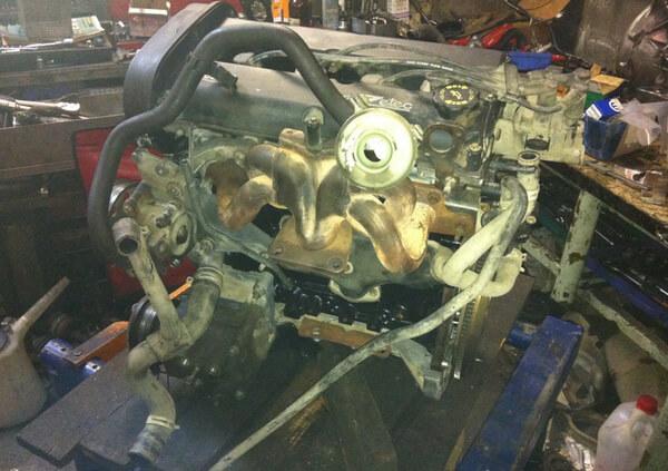 Заміна ременя ГРМ і ТНВД на VW Transporter 2.5 TDI (ACV)