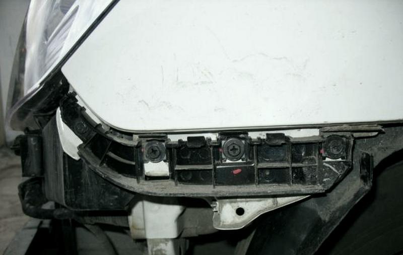 Заміна бампера Hyundai Starex (H-1)